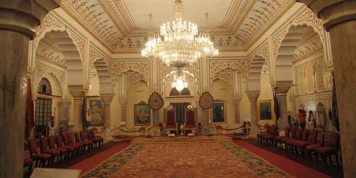 The City Palace Royal Jaipur Explore The Royal Landmarks In Jaipur
